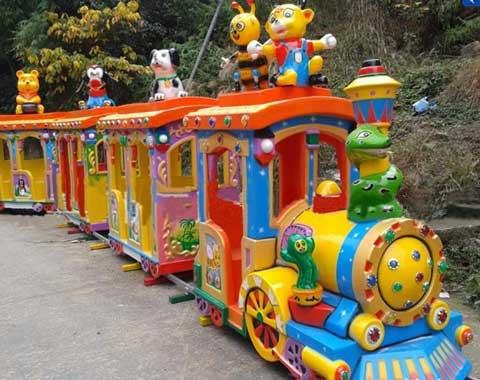 Track Amusement Train