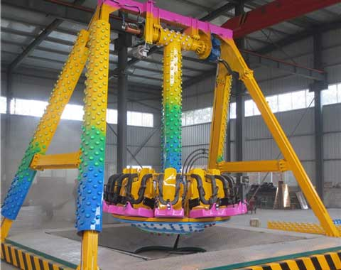 A Factory Picture of 16-Seat Pendulum Swing Ride