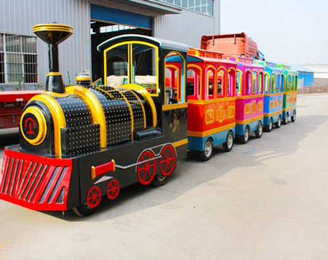 Amusement Park Vintage Train for Sale in Beston