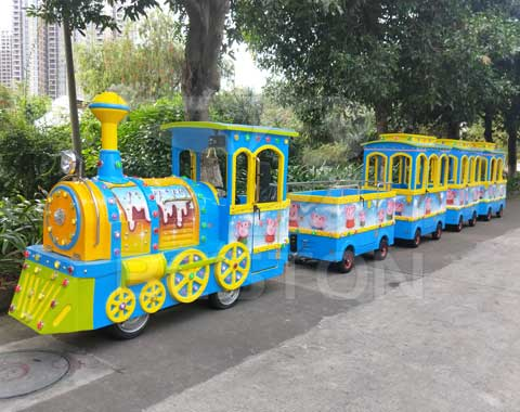Painting Trackless Train